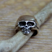 Anillo Calavera para hombres hecho a mano en XXL Hardwear - Bañado en Plata / Men's skull ring handmade in XXL Hardwear - Silver Plated