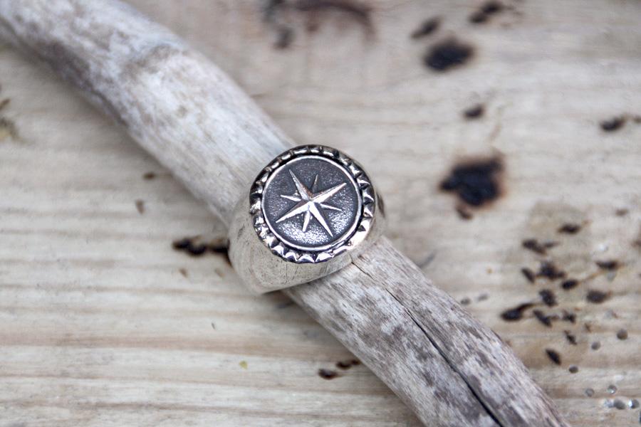 5fb11953a90c anillo para hombre estrella plata - hecho a mano en XXL Hardwear Barcelona  - bisutería antialérgica ...
